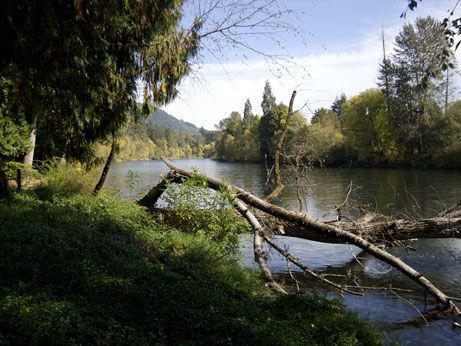 Monte Nido River Towns