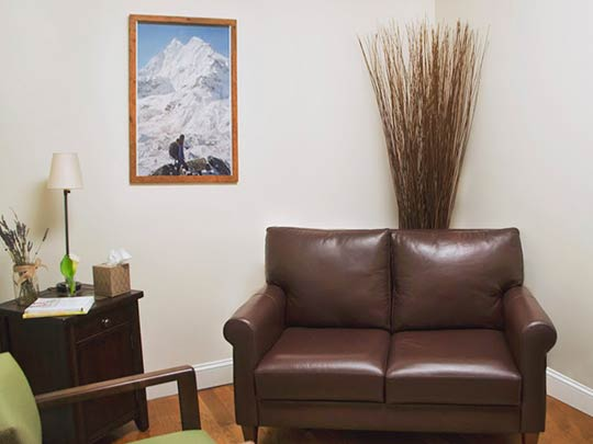 Therapy rooms are homelike, warm and inviting